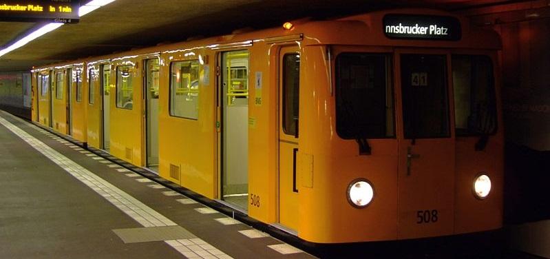 Metro Berlín - Wikimedia Commons