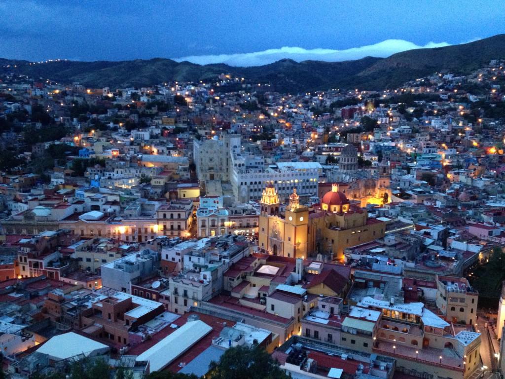 Atardecer sobre Guanajuato (México)