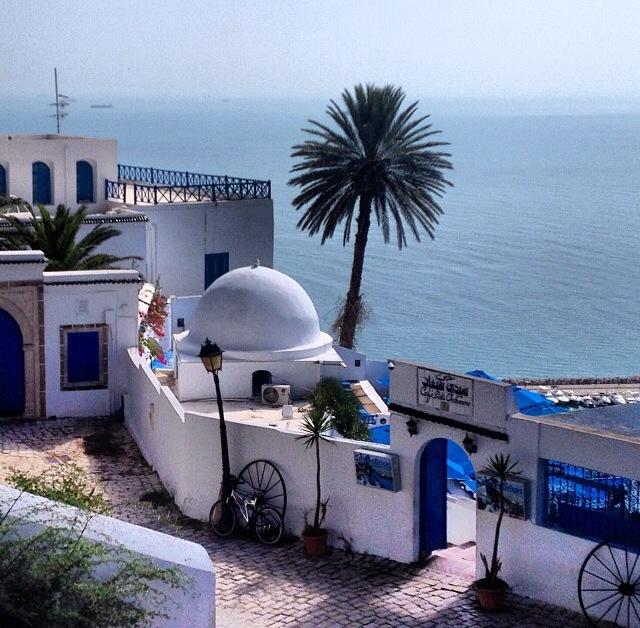 Ciudad de Sidi Bousaid, muy cerca de la capital de Tunez (Túnez)
