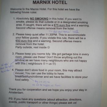 Normas del Marnix Hotel, sin desperdicio. (Amsterdam, Holanda. Países Bajos)