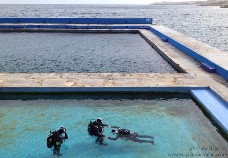 Aprendiendo a bucear en la Watercolours Dive Centre de Sliema (Malta)