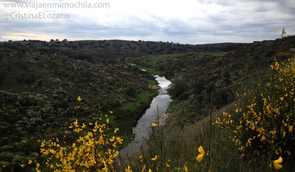En bici por el Camino Verde Vegas Altas del Guadiana. Cáceres (Extremadura, España)