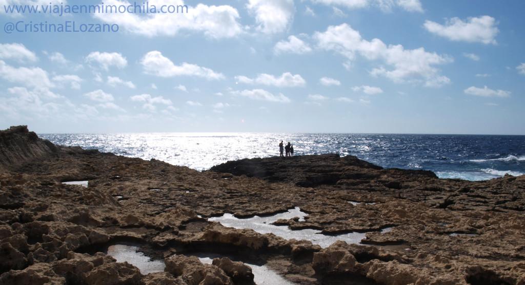 Costas de la Bahía de Dwerja (Gozo, Malta)