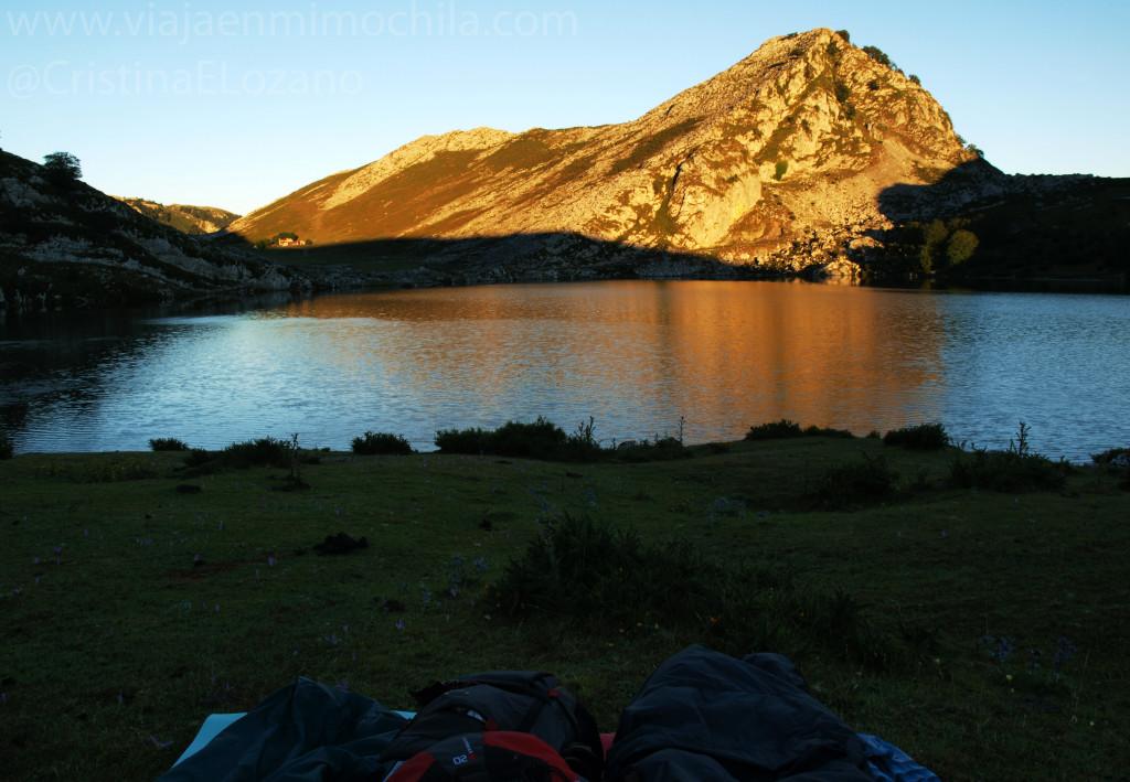 Amanecer en el Lago Enol