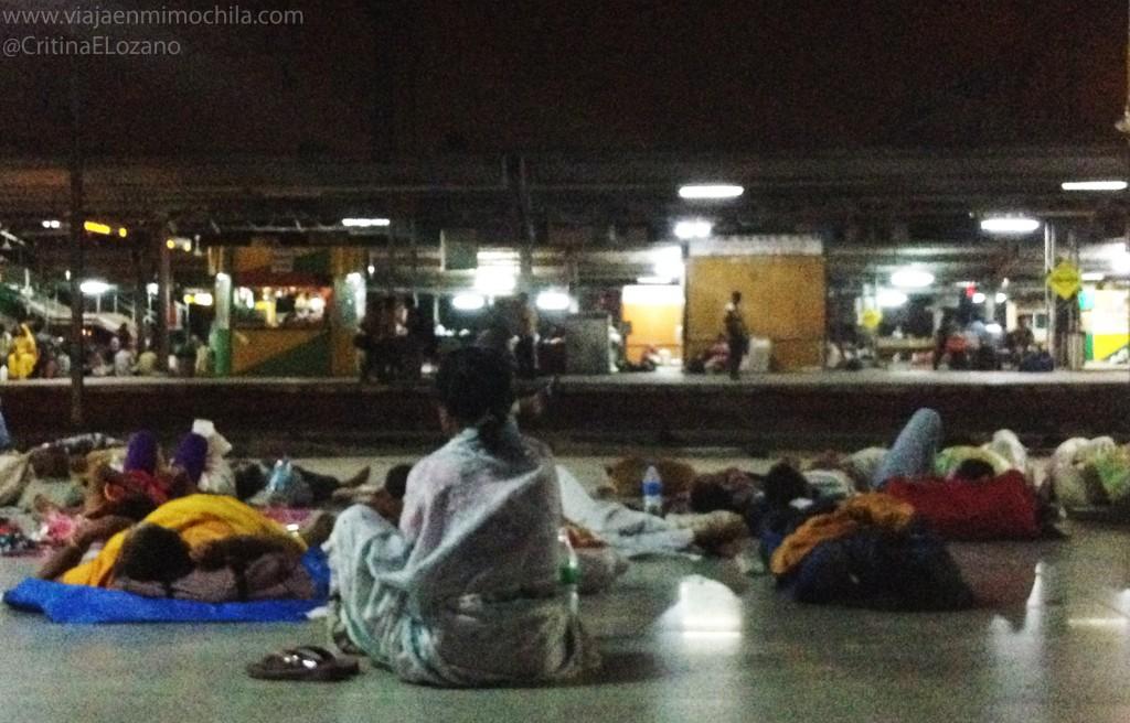 estación de tren de Nizammuddin