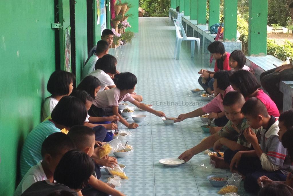 Comedor del colegio. Tailandia