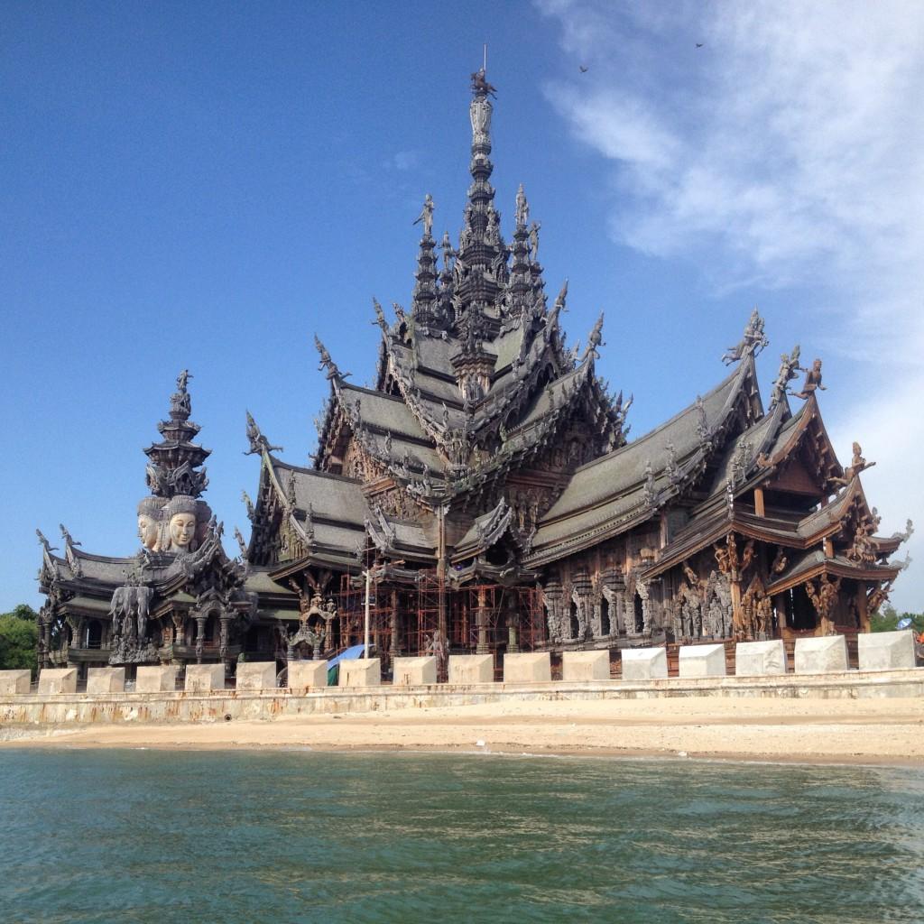 Santuario de la Verdad. Pattaya (Tailandia)