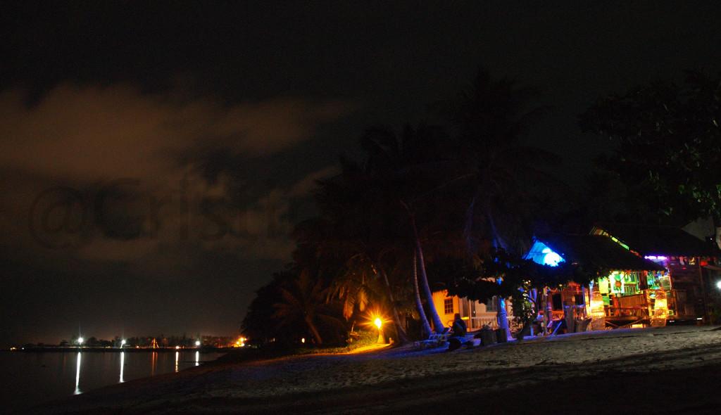 Playa de Baan Khai de noche, Koh Phangan (Tailandia)
