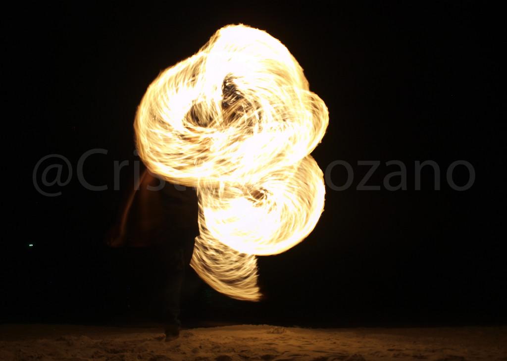 Tailandia, espectáculo de fuego y arena