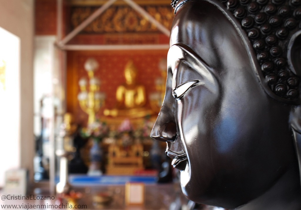 Buda negro del Wat Pho, Bangkok (Tailandia)