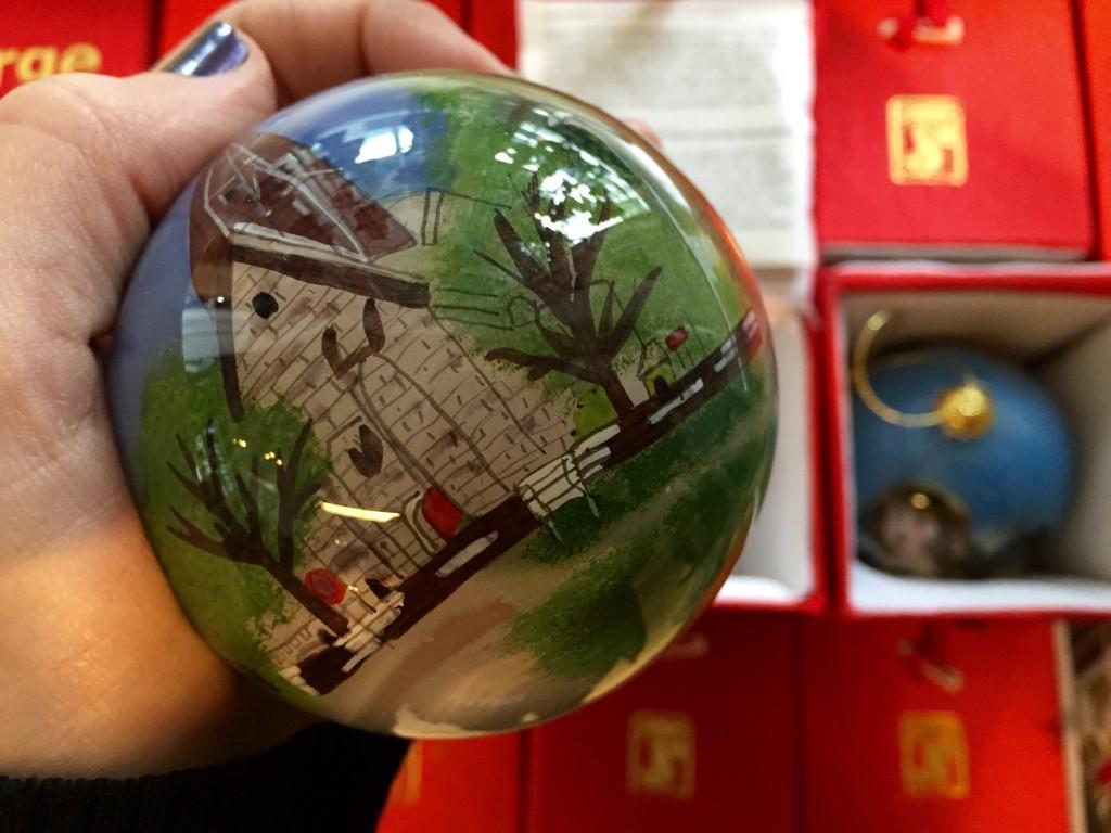 Bola de Navidad de la Voss Train Station Souvenir Shop