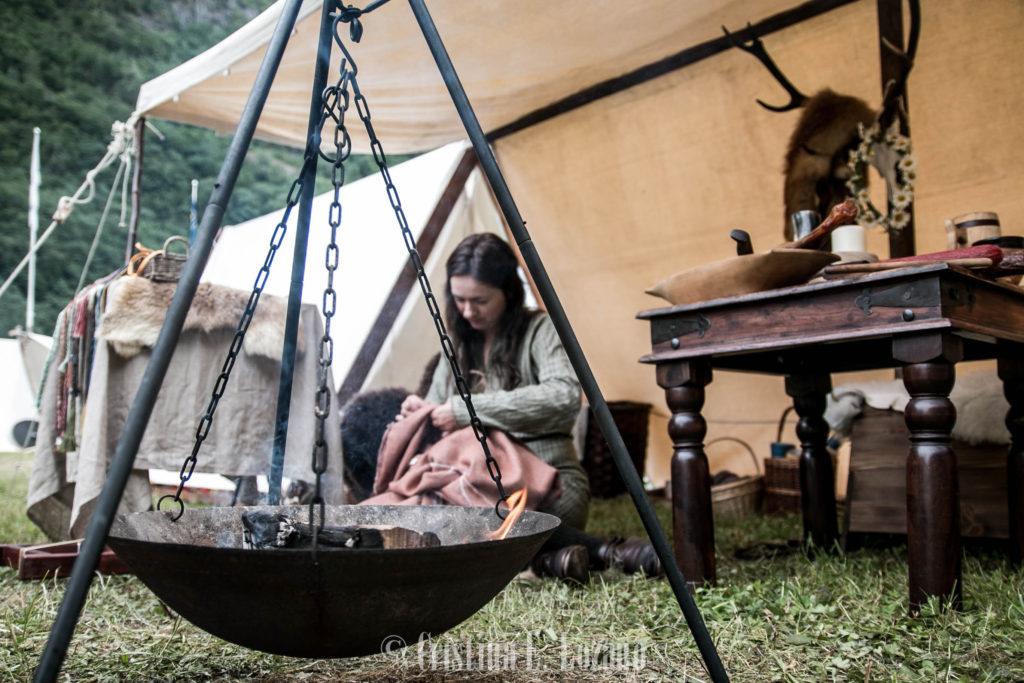 mercado vikingo gudvangen fiordo sueños noruega artesana