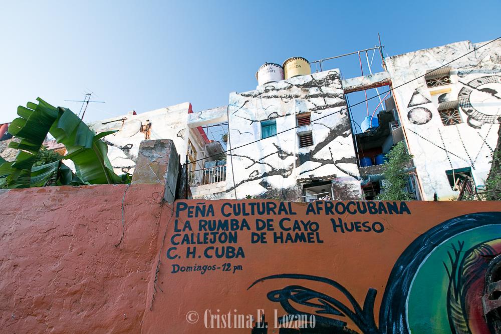 Guía rápida de Cuba- dónde bailar en Cuba. Callejón de Hamel (La Habana)