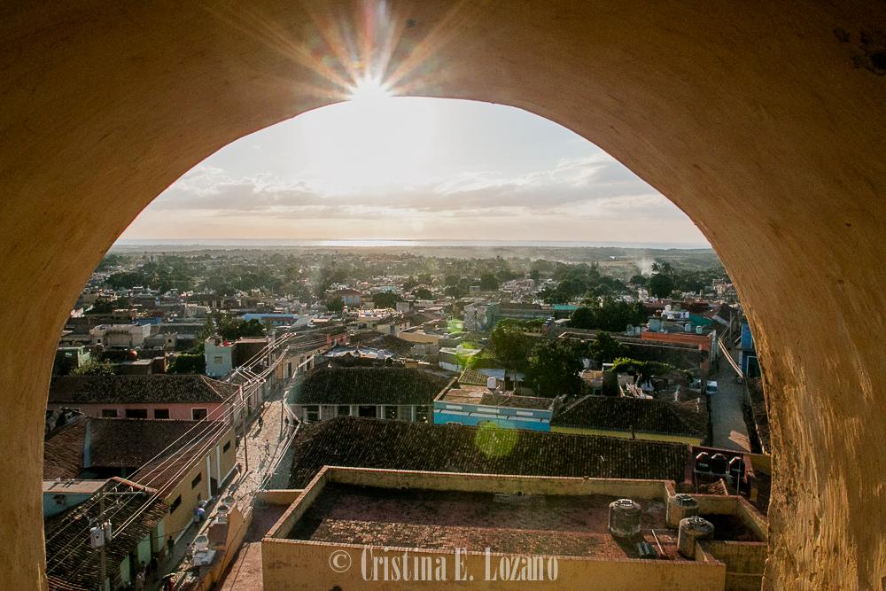 Guía rápida de Cuba- una calle de Cienfuegos, Cuba-5