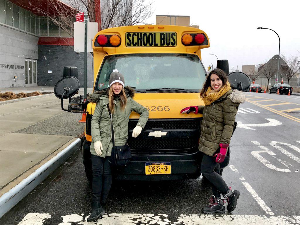 Autobus amarillo de los Sipmson en Nueva York